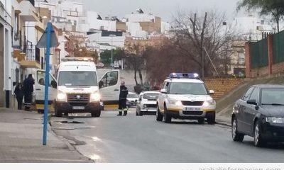 AionSur: Noticias de Sevilla, sus Comarcas y Andalucía 20150120_1755120-400x240 Un hombre herido en un accidente de moto en Virgen de los Dolores Sucesos  Herido en accidente