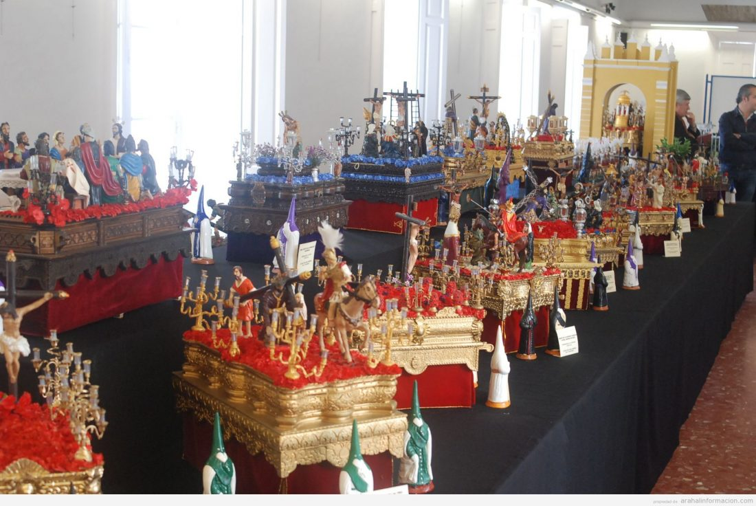 AionSur DSC_0798 La mayor exposición de pasos en miniatura llega a Arahal de la mano de Jesús Jara Cultura
