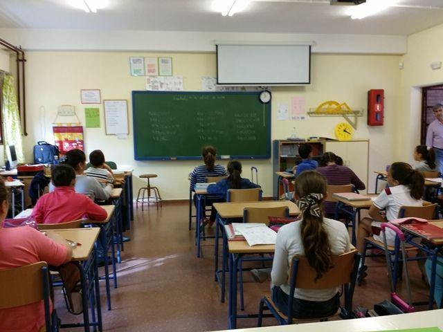 AionSur: Noticias de Sevilla, sus Comarcas y Andalucía 20140411_101846 Convocadas 1.231 plazas para Educación en Andalucía Educación Formación y Empleo