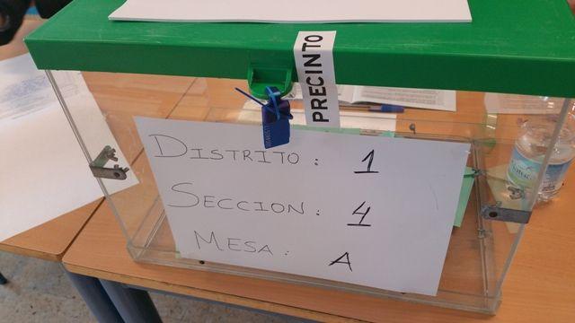 AionSur 20150322_094551 PODEMOS surge como nueva fuerza política, los tres partidos principales, PP, PSOE e IULV-CA pierden votos Sin categoría Jornada electoral marzo 2015