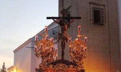 AionSur 16417679974_8980595c47_b-400x240 Estampas de Viernes Santo, de luz y devoción por las calles de Arahal Cultura Semana Santa