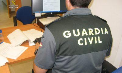 AionSur IMG_3135-400x240 Detenidos dos agentes de seguros en Utrera por estafar a clientes Sin categoría
