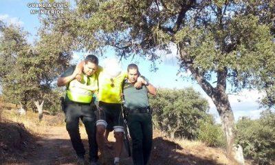 AionSur RESCATE_1-400x240 La Guardia Civil rescata a un vecino de Sevilla de 61 años herido y perdido en un paraje del Real de la Jara Sucesos rescate