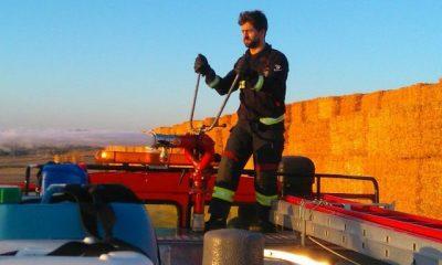 AionSur 20150901_225847-400x240 Dos incendios en un pajar de una finca en la carretera El Coronil y una cuba en Paradas Sucesos