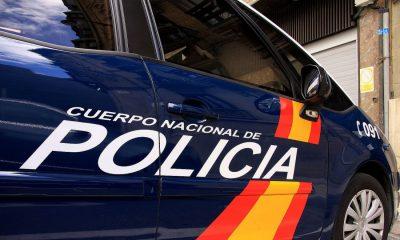 AionSur coche-policia21-400x240 Detenido al autor de un atropello durante una reyerta en una discoteca de Sevilla Sucesos