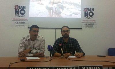 AionSur 20151118_190142-400x240 IU Arahal exige empleo, compensación económica y plan de emergencia por tener la base aérea en su término municipal Asociaciones Sociedad  OTAN no Manifestación base Morón