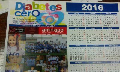 AionSur calendario-arahal-400x240 Sale a la venta el calendario benéfico del CD Veteranos Arahal y la Asociación Diabetes 0 Asociaciones Deportes Fútbol Sociedad