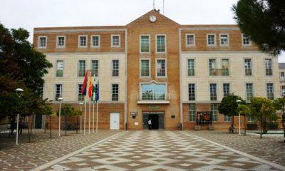 AionSur ayuntamiento-los-palacios-y-villafranca-62228718-400x240 La Policía de Los Palacios anuncia huelga de hambre y nuevas protestas por los impagos Los Palacios Provincia