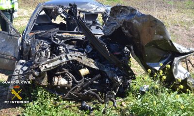 AionSur COCHE-ACCIDENTADO-400x240 Detenido el autor del homicidio imprudente por accidente de tráfico en Écija Provincia
