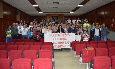 AionSur Foto-de-familia-400x240 200 personas reivindicaron sanidad justa, digna y de calidad para los municipios de la Sierra Sur Provincia