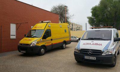 AionSur 26216084104_072b72bec1_z-400x240 Los técnicos de ambulancia del Centro de Salud piden instalaciones adecuadas para los vehículos Salud