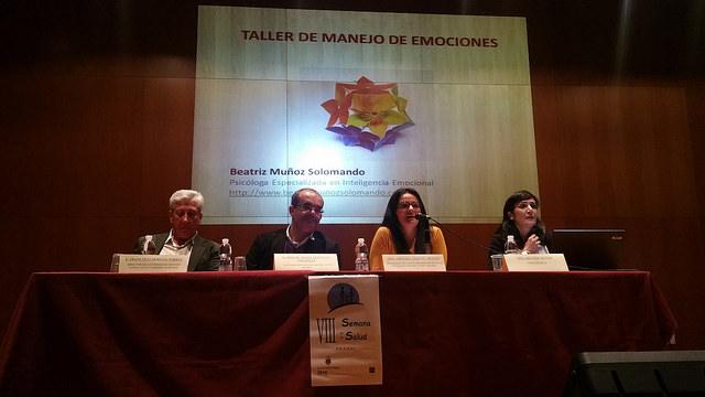 """AionSur 26849613951_5862a35969_z Francisco Moreno: """"Los recortes de la crisis se han aliviado, ya son historia los contratos médicos al 75% de la jornada"""" Salud"""