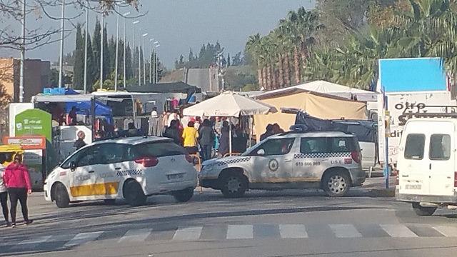 AionSur 27264689385_c794ebcf58_z Dos vecinas de Arahal, víctimas del hurto de sus carteras en el mercadillo de los jueves Sucesos
