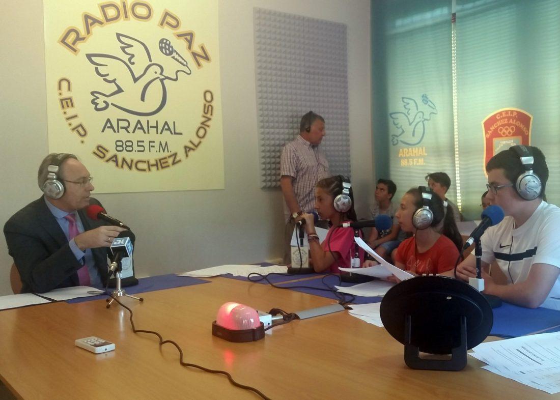 AionSur radiopaz Radio Paz celebra su programa 700 con el presidente del Parlamento andaluz Educación