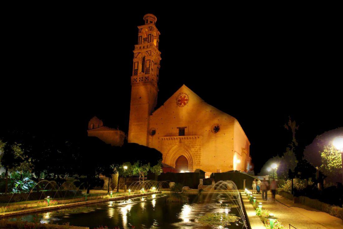 Así quedarían los nuevos jardines históricos ubicados frente a la iglesia de Santa María