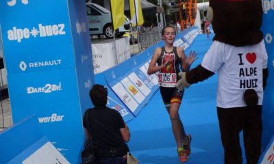 AionSur natalia-400x240 La triatleta utrerana Violeta Luna López Márquez debuta con éxito en Francia Deportes Fútbol