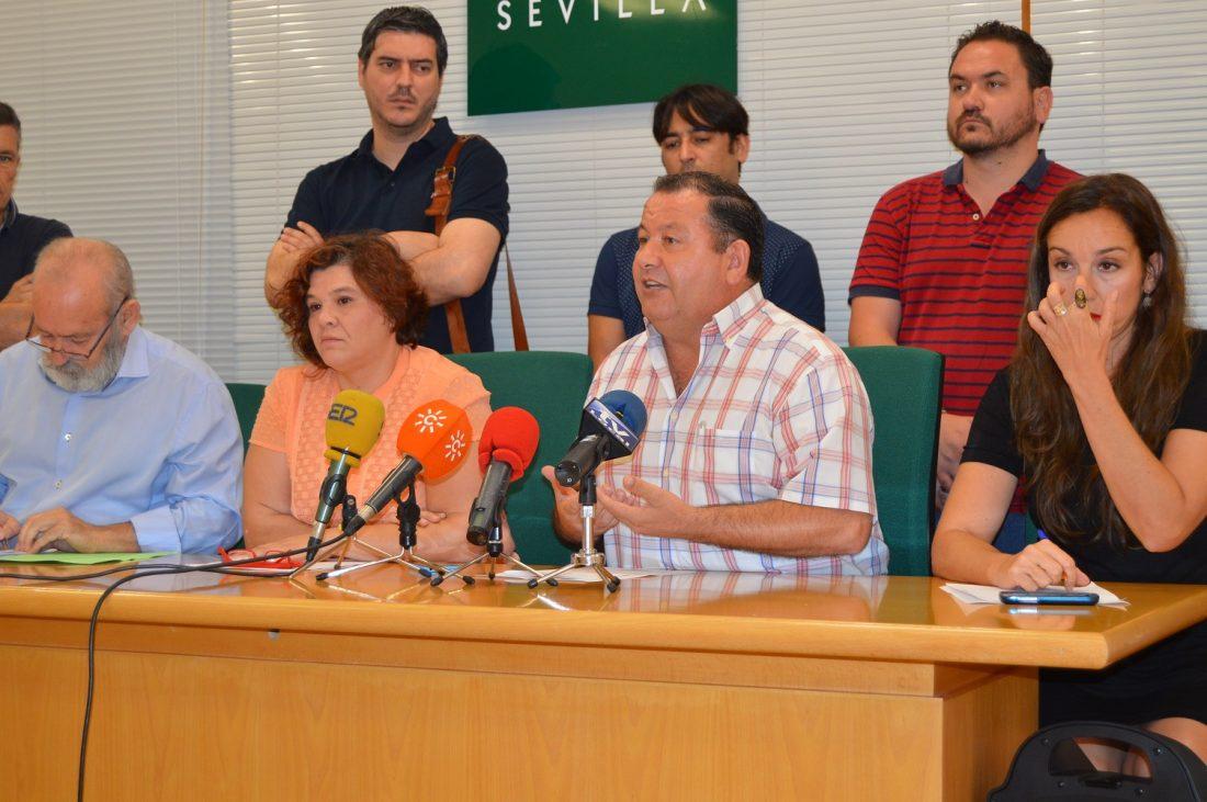 AionSur Intervención-Fidel-Romero El alcalde de La Roda, Fidel Romero, deja hoy el cargo de diputado provincial Sevilla