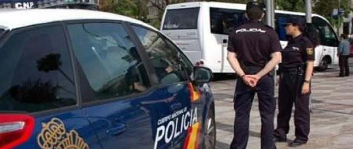 AionSur policia-nacional Detenido tras disparar a su vecino por el ruido que hacían sus hijos Sucesos