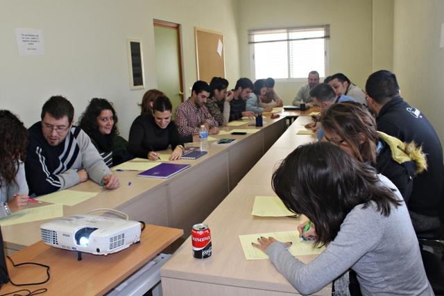 AionSur 12.-Lanzadera-Morón-Primer-día 20 desempleados comienzan a entrenar una búsqueda de trabajo en la Lanzadera de Empleo de Morón Morón de la Frontera Provincia