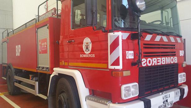 AionSur BOMBEROS Un hombre de 80 años, afectado por un incendio en Écija Sucesos