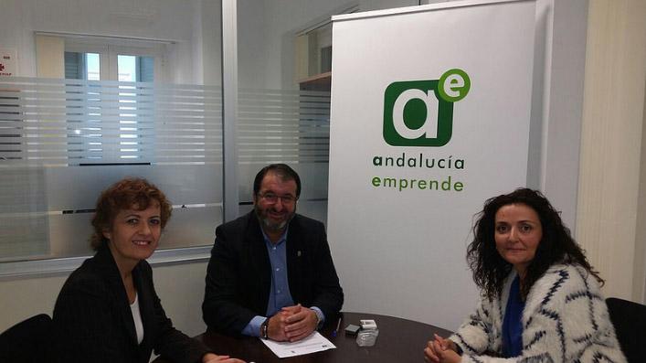 AionSur carmona El Ayuntamiento de Carmona y Andalucía Emprende renuevan su compromiso para fomentar la actividad empresarial de la localidad Carmona Provincia