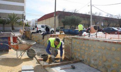 AionSur ProgramasEmpleo-53-contratos-CARMONA-400x240 53 nuevos contratos de trabajo a través de los planes de empleo para jóvenes y adultos Carmona Provincia