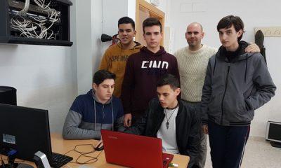 AionSur 20170322_115958-400x240 Seis alumnos de Informática del IES La Campiña desarrollan una aplicación para ayudar a enfermos de alzheimer Educación