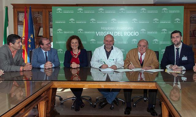 AionSur: Noticias de Sevilla, sus Comarcas y Andalucía 33131171012_fdecd2e20a_z La Clínica Santa Isabel firma un convenio con el Hospital Virgen del Rocío para fomentar la donación de órganos y tejidos Salud
