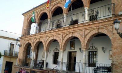 AionSur Ayuntamiento-de-bollullos-del-condado_-400x240 La Guardia Civil investiga dos presuntos secuestro de menores en Bollulos del Condado Andalucía Huelva Sucesos