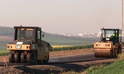 AionSur: Noticias de Sevilla, sus Comarcas y Andalucía carretera-paradas-2-400x240 En obras todas las carreteras comarcales de acceso a Arahal Provincia