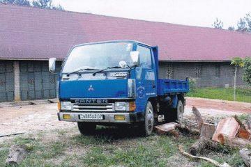 AionSur 17992131_1865752366997620_150598257411324647_n-360x240 Ayuntamiento y una Asociación de Paradas compran un vehículo de transporte para proyectos en Beni (El Congo) Paradas Provincia