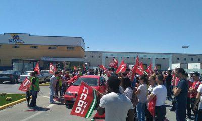 AionSur: Noticias de Sevilla, sus Comarcas y Andalucía 33165896973_c1d7b7ac09_z-400x240 Tensión en la primera jornada de huelga en Procavi Andalucía Marchena Sevilla