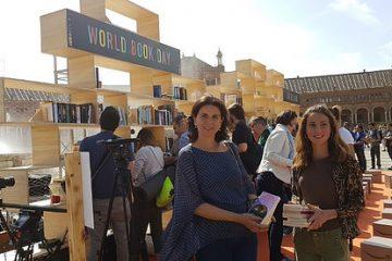 AionSur 34114804306_0fb49e7fc0-360x240 Amazon instala una librería gigante en la Plaza de España de Sevilla Andalucía Sevilla