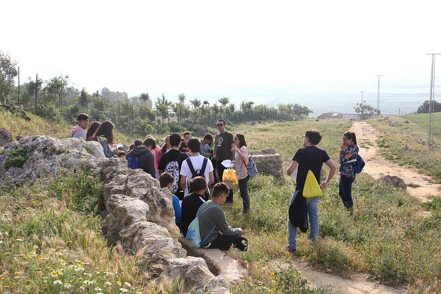 AionSur 34305920765_e0b4e28a18_z El Ayuntamiento organiza rutas guiadas para estudiantes sobre el Patrimonio Rural y Paisajístico de Carmona Carmona Provincia