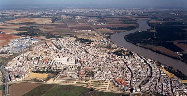 AionSur: Noticias de Sevilla, sus Comarcas y Andalucía coria-del-rio-aerea Detenido en Coria un ladrón multirreincidente que utilizó a dos menores para transporta lo robado Sucesos