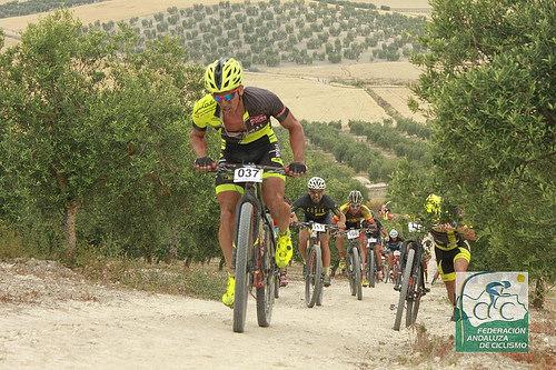 AionSur 34175768673_3c085b935e Ramírez Abeja, logra en Arahal un trabajado triunfo Ciclismo Deportes
