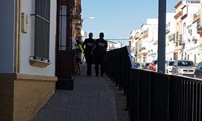 AionSur 34314626730_a774e9eb2f-400x240 Un herido por apuñalamiento tras una discusión en la calle Barriete de Arahal Arahal Sucesos
