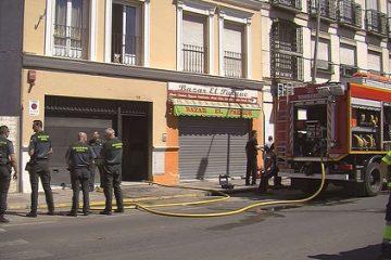 AionSur 34590423262_1dc6e03e96-360x240 Desalojado un edificio en El Viso por un incendio en su rellano Sevilla
