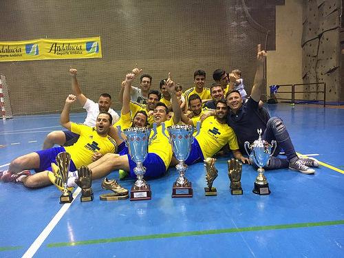 AionSur 34692022701_b08ff0b9d8 Fuente de la Salud, con un doblete, y La Peña, campeones de la Liga Local de Fútbol Sala Deportes Fútbol Sala