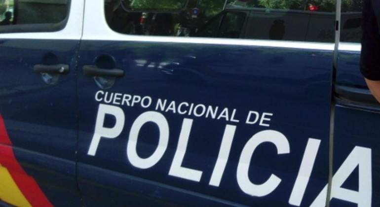 AionSur policia-nacional-coche-efe Encuentran el cadáver de un bebé en una planta de reciclaje de basuras Sucesos