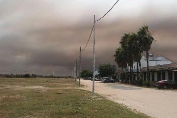 AionSur 0ead7ef4-0b74-430e-b046-0548a83ee368-360x240 Lucha encarnizada contra el fuego en Moguer, que ha entrado en Doñana Sucesos