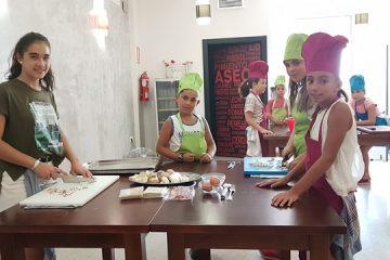 AionSur 20170726_111010-360x240 Un curso infantil de cocina que termina con la organización de una cena benéfica Sociedad