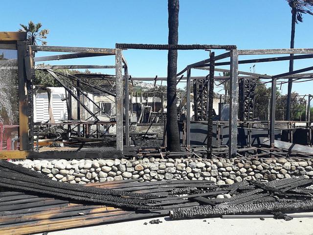 AionSur 35525895412_c4997fb033_z El chiringuito de la urbanización Atlanterra Beach, el más afectado por el incendio en Zahara de los Atunes Cádiz