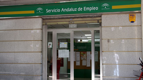 AionSur 35709653365_2c9e9e1246 El paro baja de nuevo y roza la histórica cifra de 800.000 personas en Andalucía Andalucía