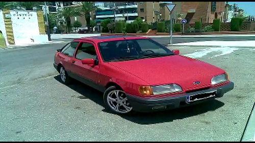 AionSur 35832253212_b09b8ae7d6 Un sevillano lleva 14 años esperando que le arreglen la avería de su coche Sociedad