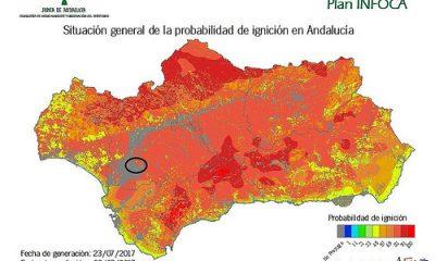 AionSur 36072985936_c965f49d09-400x240 El Infoca trabaja en un incendio forestal en La Puebla del Río Sucesos