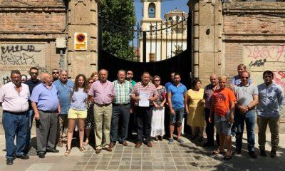 AionSur Puerta-sede-congregación-400x240 Los arrendatarios de La Roda harán llegar su denuncia al Papa Francisco si son desahuciados de las tierras La Roda de Andalucía