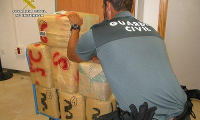 AionSur 35539563153_0fb252f56e-400x240 La Guardia Civil detiene a una persona e incauta 215 kilos de polen de hachís Provincia Utrera