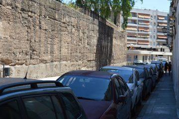 AionSur 36183221732_09b5c34a23-360x240 Una almena de la muralla de La Macarena se desprende por la caída de una rama Sucesos