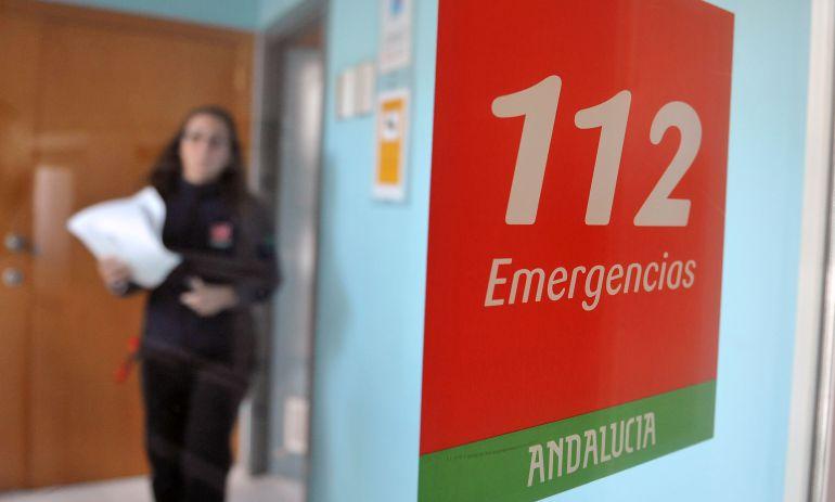 AionSur 112-1 Un fallecido al volcar un camión en la A-92 a la altura de La Roda de Andalucía Sucesos